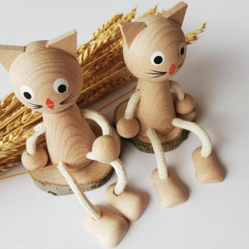 gato de madera [0]