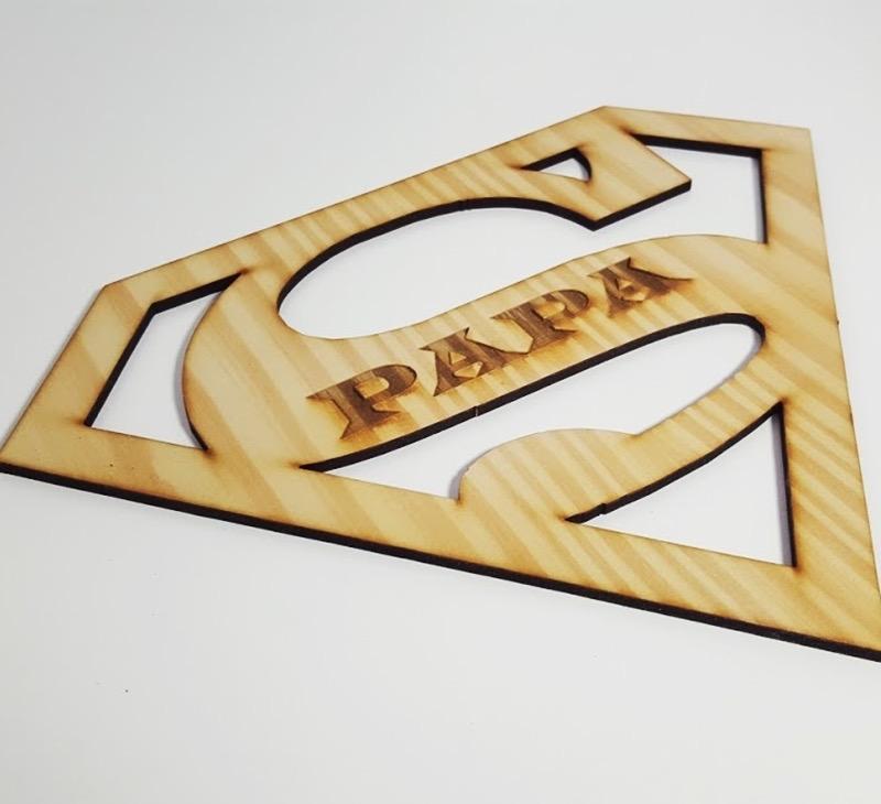 silueta Superpapá