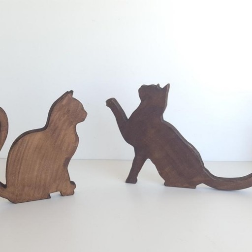 pareja de gatos de madera [1]