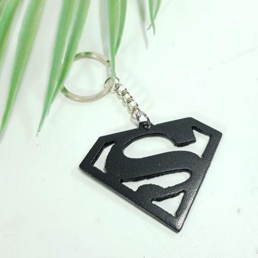 llavero metal superhéroes