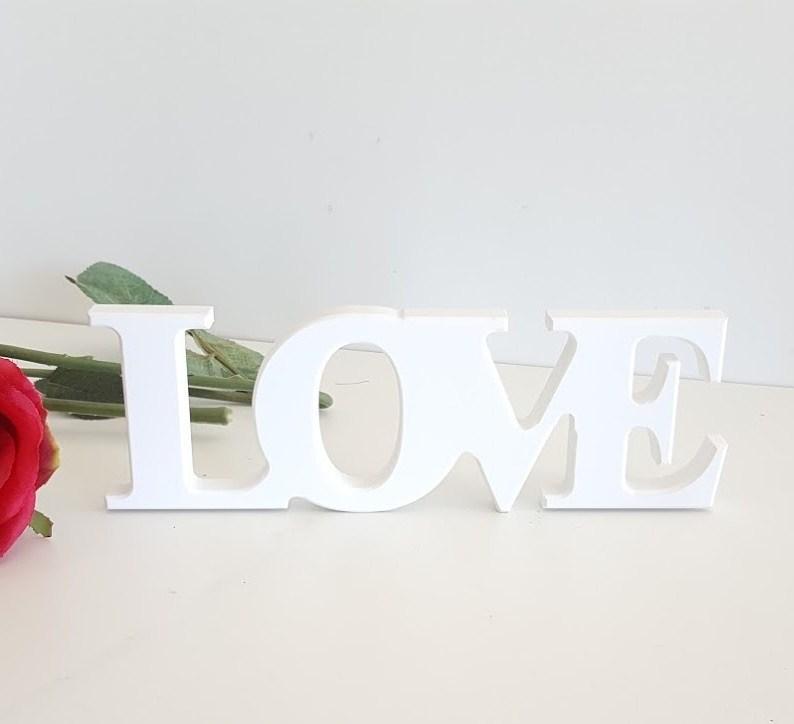 """""""Love"""" sencillo"""