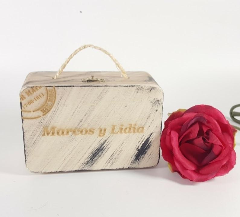 caja maleta personalizada