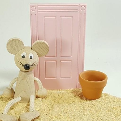 puerta ratoncito + ratón + cubo [1]