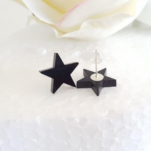 pendientes estrella, corazón o gato negros