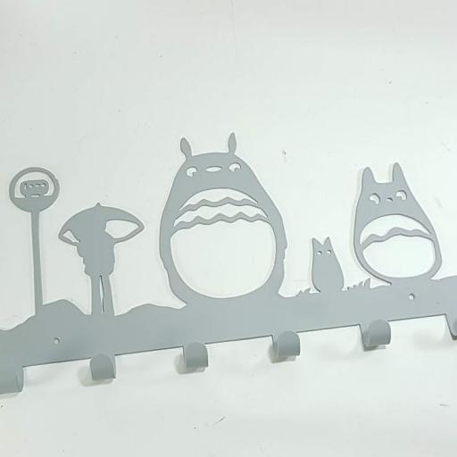 colgador hierro totoro [1]