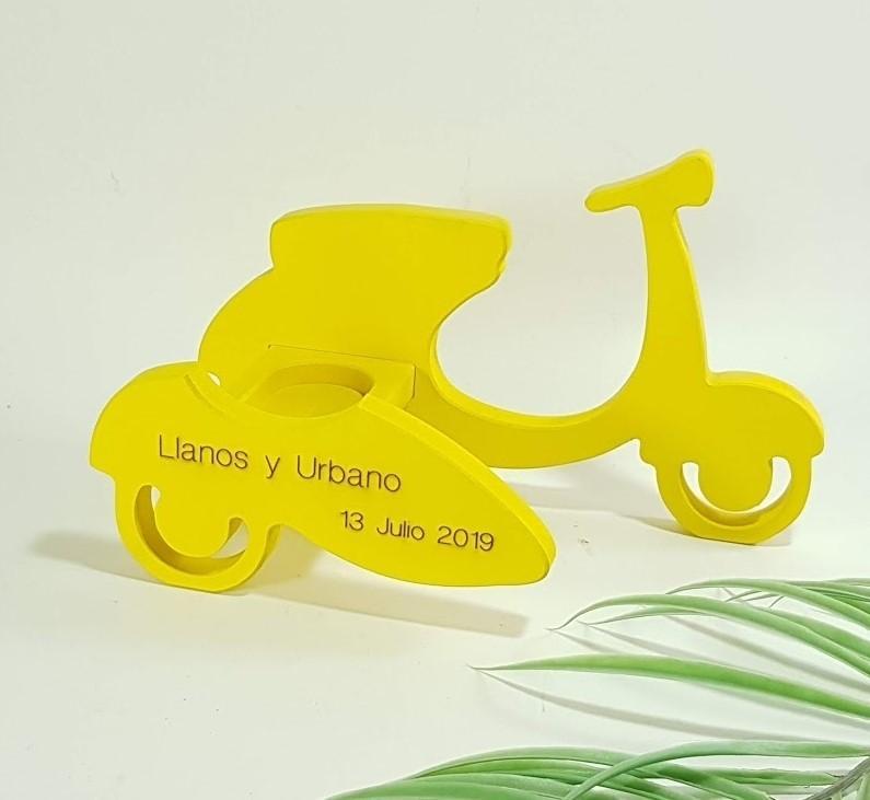 porta alianzas moto con sidecar