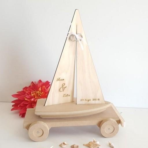 porta alianzas velero con remolque [0]