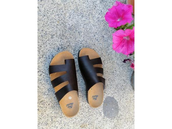 Modelo elias sandalias veganas, sandalias veganas mujer, calzado vegano, sandalias de tacón bajo, sandalias bioworld, vegan shoes.  [2]