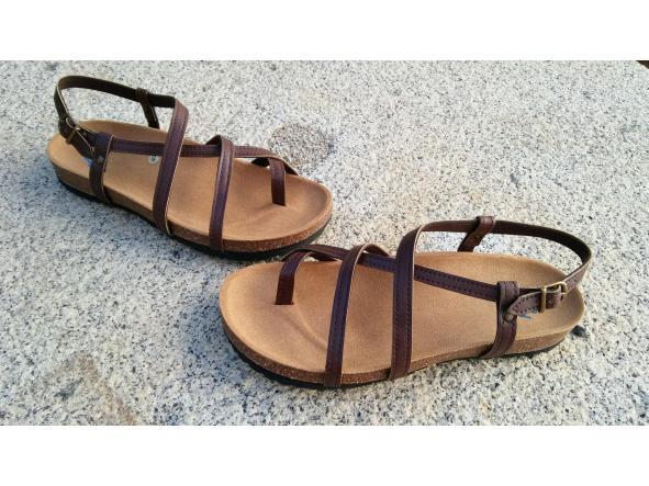 HECTOR MARRON, sandalias veganas, sandalias veganas mujer, calzado vegano, sandalias de tacón bajo, sandalias bioworld, vegan shoes.  [1]