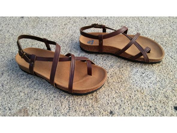 HECTOR MARRON, sandalias veganas, sandalias veganas mujer, calzado vegano, sandalias de tacón bajo, sandalias bioworld, vegan shoes.  [3]