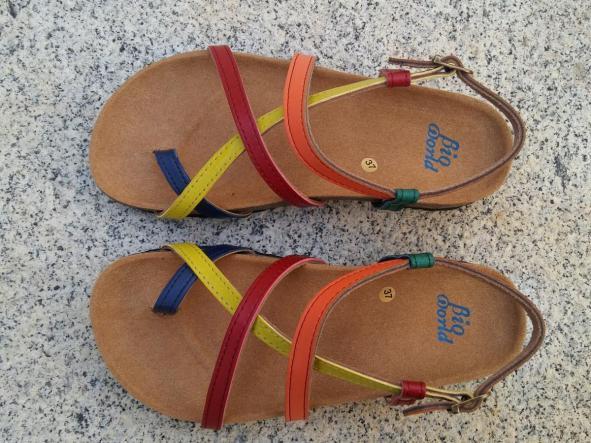 HECTOR COMBI, sandalias veganas, sandalias veganas mujer, calzado vegano, sandalias de tacón bajo, sandalias bioworld, vegan shoes, sandalias de colores.  [1]