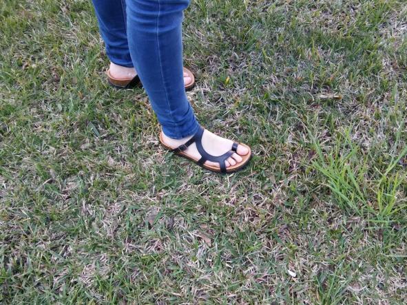 LUNA  NEGRO, sandalias veganas, sandalias veganas mujer, calzado vegano, sandalias de tacón bajo, sandalias bioworld, vegan shoes.  [3]