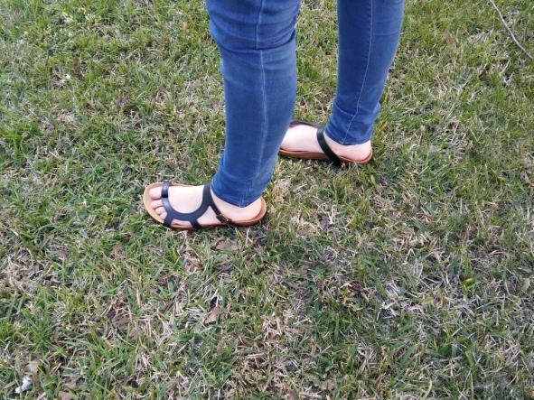 LUNA  NEGRO, sandalias veganas, sandalias veganas mujer, calzado vegano, sandalias de tacón bajo, sandalias bioworld, vegan shoes.  [1]