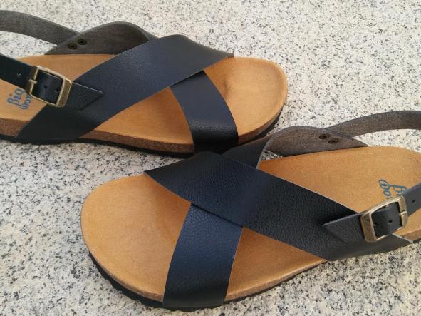 MEXICO negro, sandalias veganas, sandalias veganas mujer, calzado vegano, sandalias de tacón bajo, sandalias bioworld, vegan shoes, sandalias negras.  [2]