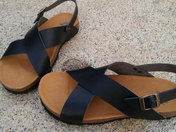 MEXICO negro, sandalias veganas, sandalias veganas mujer, calzado vegano, sandalias de tacón bajo, sandalias bioworld, vegan shoes, sandalias negras.