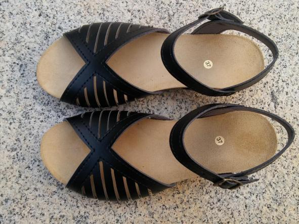 MÁLAGA negro, Colección 100% HECHO A MANO, sandalias veganas, sandalias veganas mujer, calzado vegano, sandalias de tacón medio, sandalias bioworld, vegan shoes, sandalias negras.  [0]