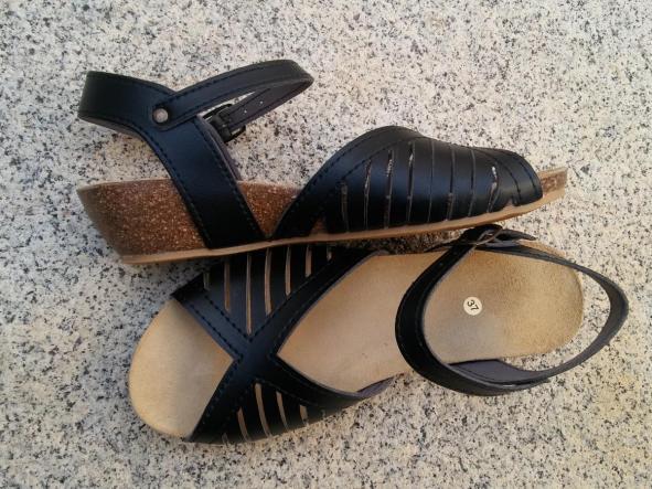 MÁLAGA negro, Colección 100% HECHO A MANO, sandalias veganas, sandalias veganas mujer, calzado vegano, sandalias de tacón medio, sandalias bioworld, vegan shoes, sandalias negras.  [2]
