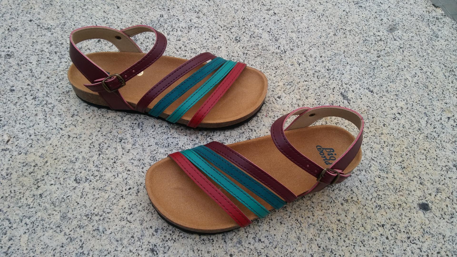 GRANADA, sandalias veganas, sandalias veganas mujer, calzado vegano, sandalias de tacón bajo, sandalias bioworld, vegan shoes, sandalias de colores.