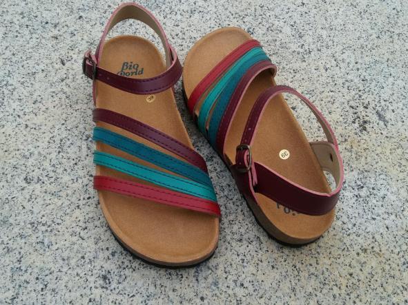 GRANADA, sandalias veganas, sandalias veganas mujer, calzado vegano, sandalias de tacón bajo, sandalias bioworld, vegan shoes, sandalias de colores.  [2]