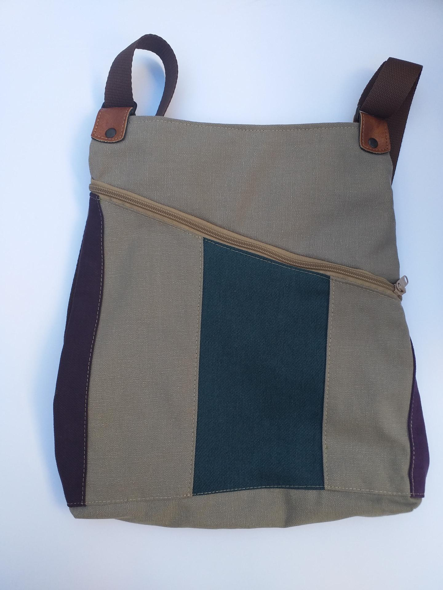 BACKPACK TRIANGULO BLUE and PURPLE