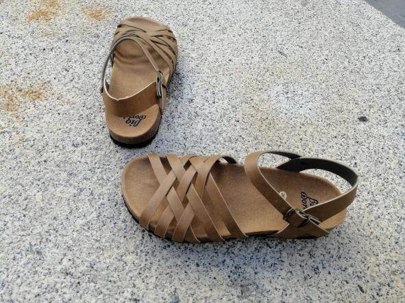 ELCANO Camel, NUEVO 2020, sandalias veganas, sandalias veganas mujer, calzado vegano, sandalias de tacón bajo, sandalias bioworld, vegan shoes, sandalias color camel.  [2]