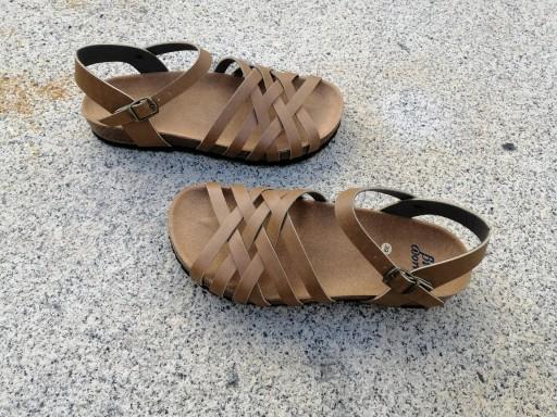ELCANO Camel, NUEVO 2020, sandalias veganas, sandalias veganas mujer, calzado vegano, sandalias de tacón bajo, sandalias bioworld, vegan shoes, sandalias color camel.  [3]