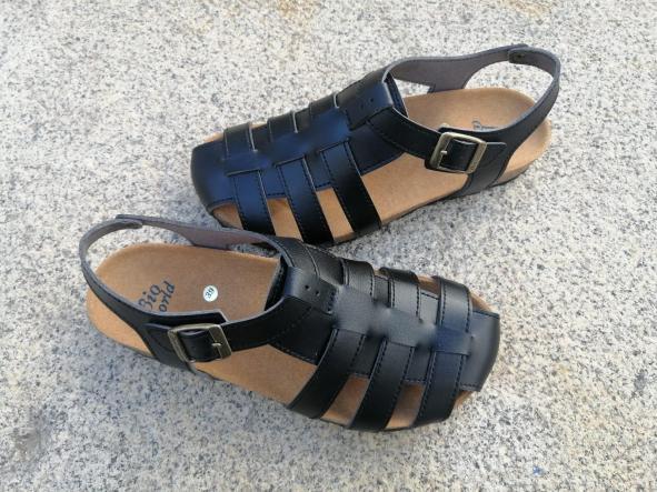 SIERRA NEGRO sandalias veganas, sandalias veganas mujer, calzado vegano, sandalias de tacón bajo, sandalias bioworld, vegan shoes.  [1]