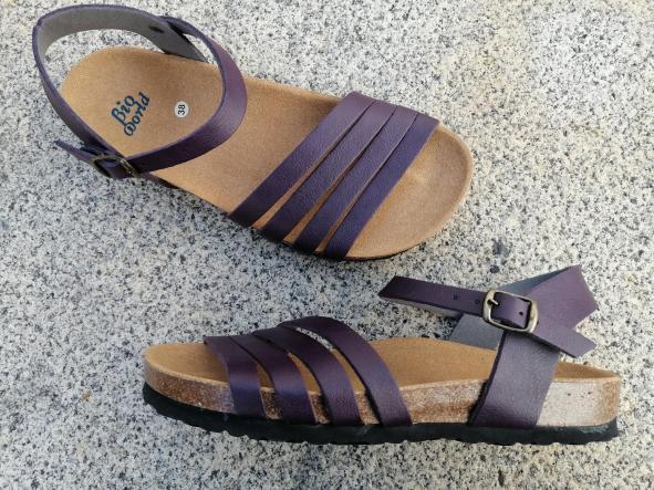 ALTAMIRA GRAPE NUEVO 2020, sandalias veganas, sandalias veganas mujer, calzado vegano, sandalias de tacón bajo, sandalias bioworld, vegan shoes.  [2]