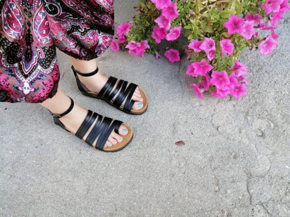 sandalias veganas, sandalias veganas mujer, calzado vegano, sandalias de tacón bajo, sandalias bioworld, vegan shoes. modelo BALBOA NEGRO con COSIDO [3]