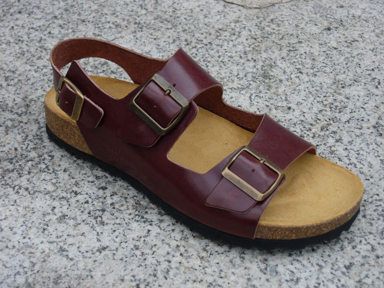 CHAD MARRON, sandalias veganas, sandalias veganas mujer, calzado vegano, sandalias de tacón bajo, sandalias bioworld, vegan shoes.