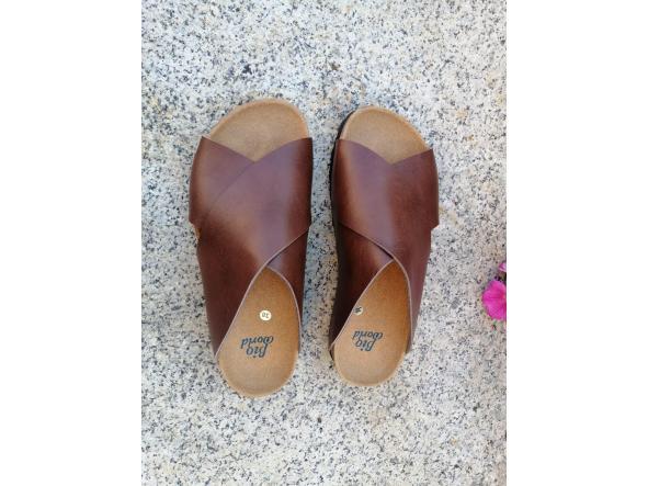Modelo Pelayo marrón sandalias veganas, sandalias veganas mujer, calzado vegano, sandalias de tacón bajo, sandalias bioworld, vegan shoes. [2]