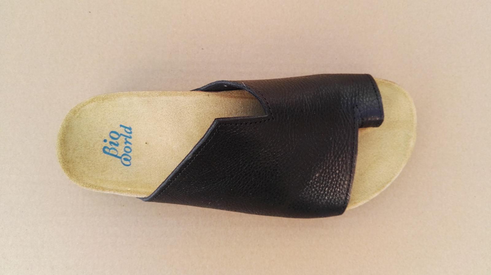 AVILA  NEGRO, sandalias veganas, sandalias veganas mujer, calzado vegano, sandalias de tacón bajo, sandalias bioworld, vegan shoes, sandalias negras.