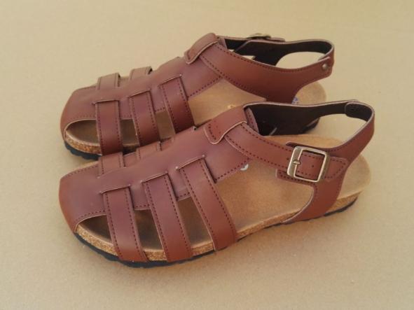 SIERRA, sandalias veganas, sandalias veganas mujer, calzado vegano, sandalias de tacón bajo, sandalias bioworld, vegan shoes.  [3]