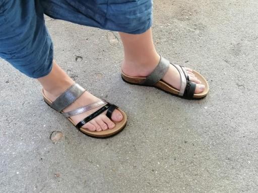 DEBOD, combi plata, acero y negros, NUEVO 2020, sandalias veganas, sandalias veganas mujer, calzado vegano, sandalias de tacón bajo, sandalias bioworld, vegan shoes.  [1]