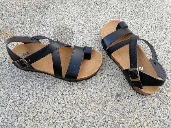 GENOVA NEGRO, sandalias veganas, sandalias veganas mujer, calzado vegano, sandalias de tacón bajo, sandalias bioworld, vegan shoes.  [3]