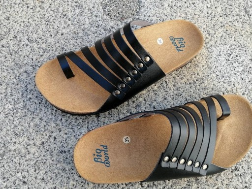 CNOSOS  NEGRO, NUEVO 2020, sandalias veganas, sandalias veganas mujer, calzado vegano, sandalias de tacón bajo, sandalias bioworld, vegan shoes.
