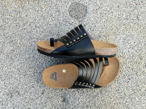 CNOSOS  NEGRO, NUEVO 2020, sandalias veganas, sandalias veganas mujer, calzado vegano, sandalias de tacón bajo, sandalias bioworld, vegan shoes.  [1]