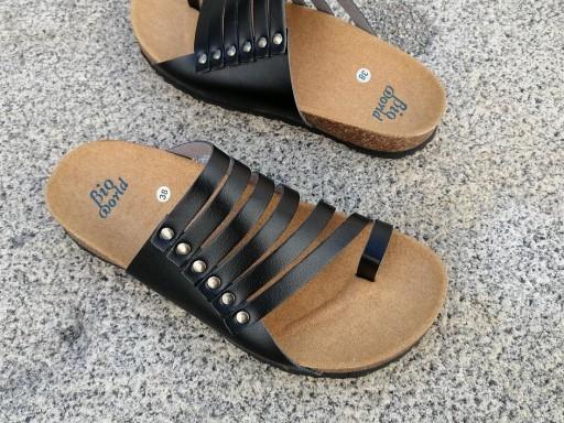 CNOSOS  NEGRO, NUEVO 2020, sandalias veganas, sandalias veganas mujer, calzado vegano, sandalias de tacón bajo, sandalias bioworld, vegan shoes.  [2]