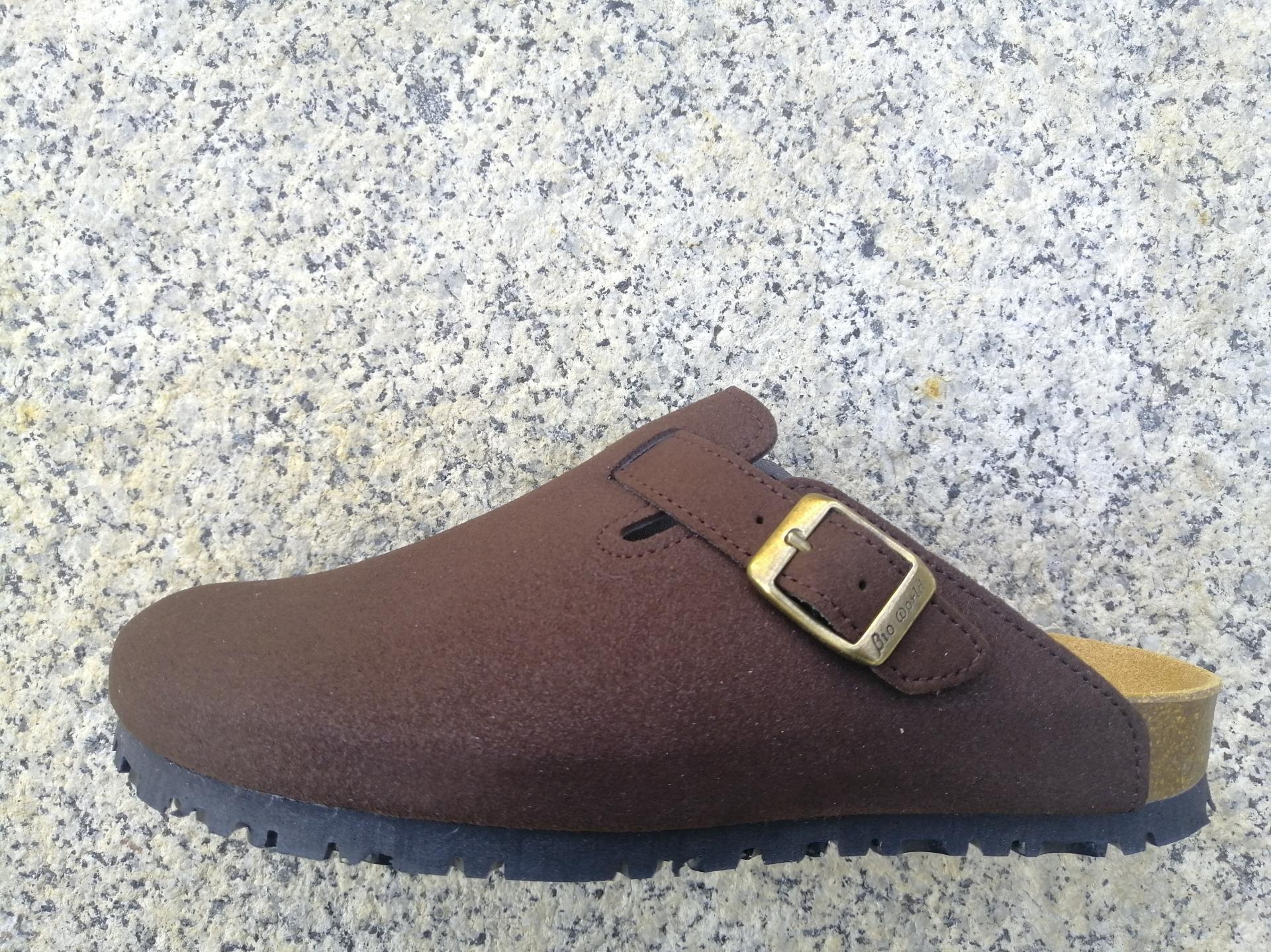 SUOMI MARRÓN SUEDE, Zuecos,  Zapatos veganos,, Zapatos abiertos, Zapatos Planos, zapatos de hombre, zapatos de mujer
