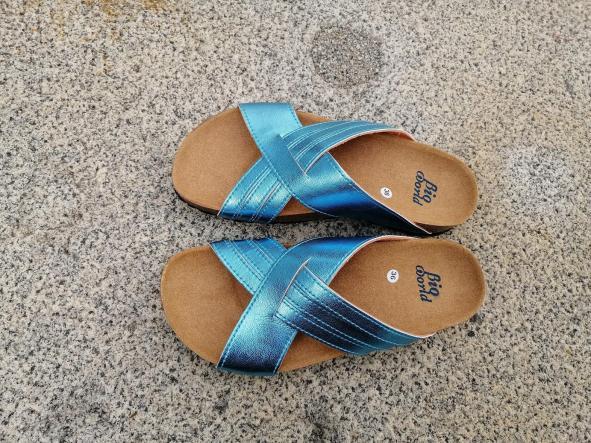 PAVIA color ACQUA, sandalias veganas, sandalias veganas mujer, calzado vegano, sandalias de tacón bajo, sandalias bioworld, vegan shoes.  [1]