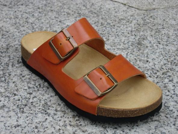 VICTORIA COLOR NATURAL, sandalias veganas, sandalias veganas mujer, calzado vegano, sandalias de tacón bajo, sandalias bioworld, vegan shoes.