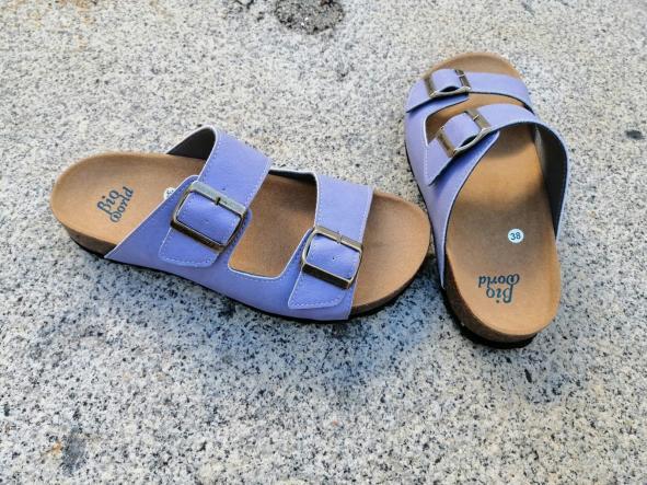 Victoria lila, edición limitada  sandalias veganas, sandalias veganas mujer, calzado vegano, sandalias de tacón bajo, sandalias bioworld, vegan shoes. [1]
