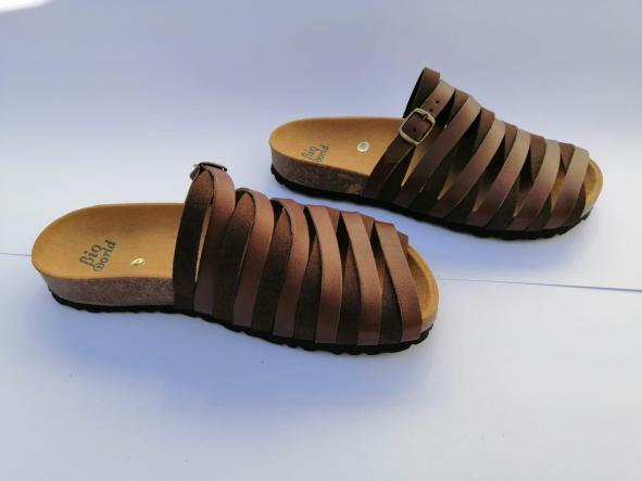 Alejandría marrón  sandalias veganas, sandalias veganas mujer, calzado vegano, sandalias de tacón bajo, sandalias bioworld, vegan shoes. [1]