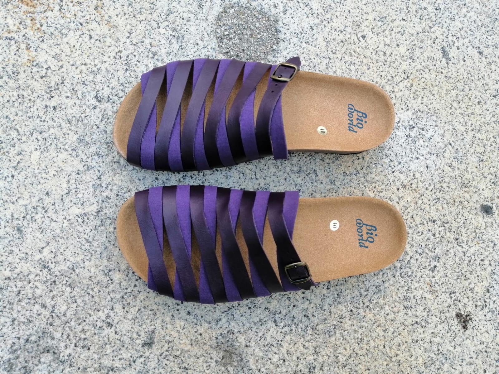 Alejandría Morado  sandalias veganas, sandalias veganas mujer, calzado vegano, sandalias de tacón bajo, sandalias bioworld, vegan shoes.