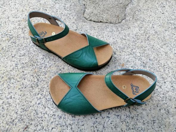 AGUILAR VERDE, sandalias veganas, sandalias veganas mujer, calzado vegano, sandalias de tacón bajo, sandalias bioworld, vegan shoes. [1]