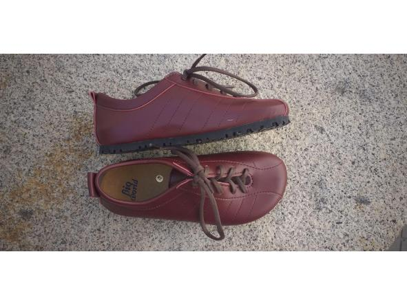 BRASIL BURDEOS  Zapatos veganos, Zapatos de diseño, Zapatos cerrados, Zapatos Planos, zapatos de hombre, zapatos de mujer [1]