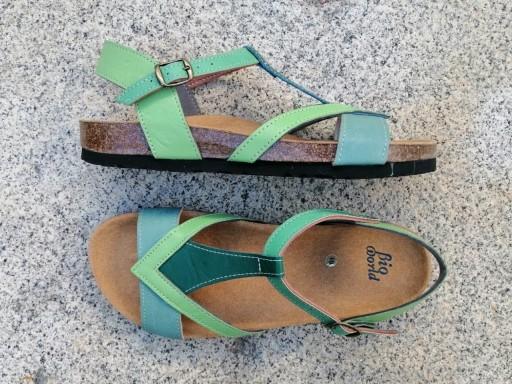 FIESTA combi 3 verdes, sandalias veganas, sandalias veganas mujer, calzado vegano, sandalias de tacón bajo, sandalias bioworld, vegan shoes, sandalias de colores.  [2]