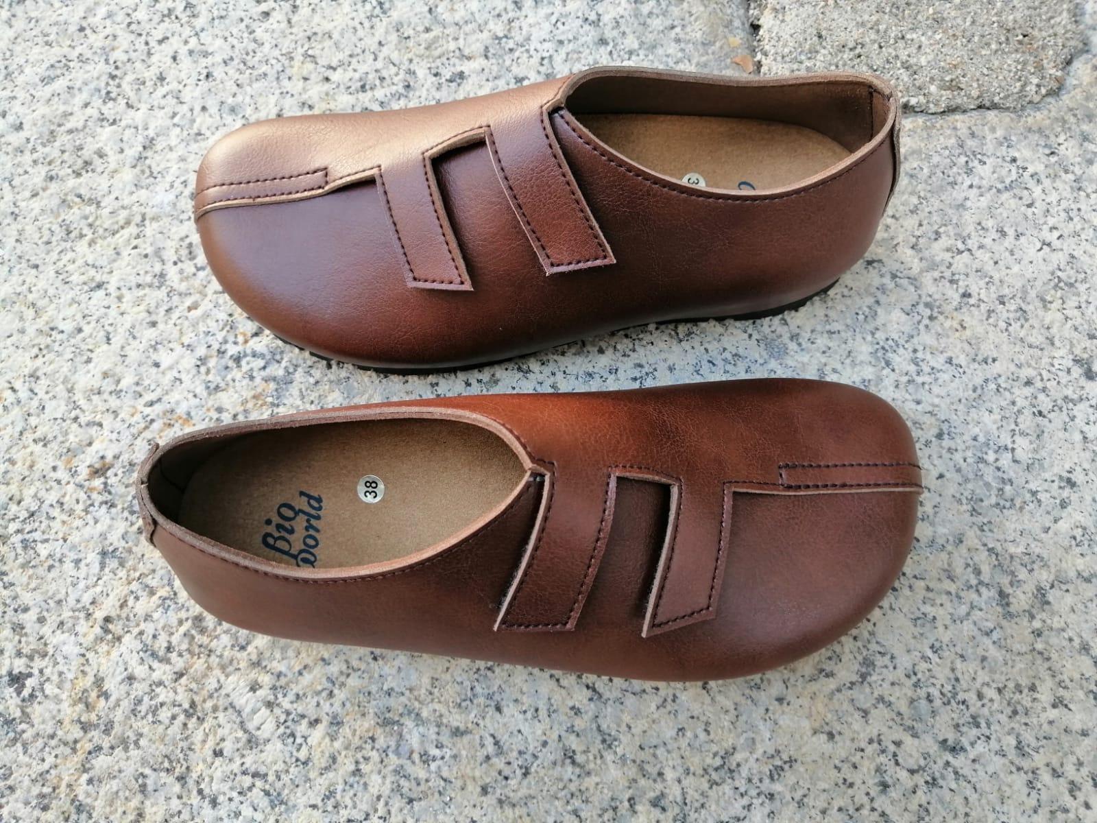MODELO STRADIVARIUS marrón Zapatos veganos, Zapatos de diseño, Zapatos cerrados, Zapatos Planos, zapatos de hombre, zapatos de mujer