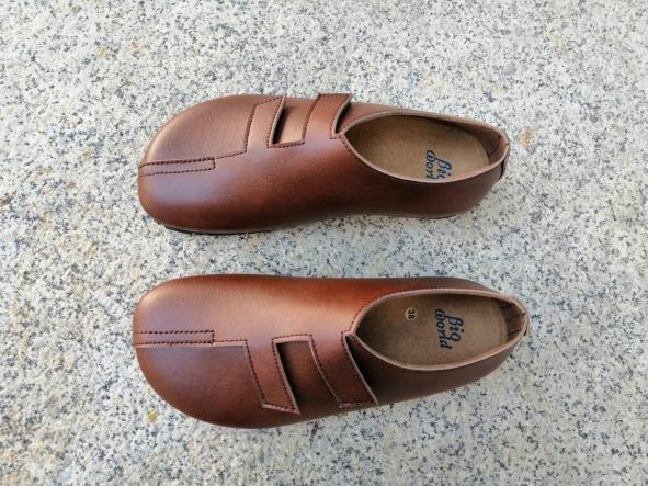 MODELO STRADIVARIUS marrón Zapatos veganos, Zapatos de diseño, Zapatos cerrados, Zapatos Planos, zapatos de hombre, zapatos de mujer [1]