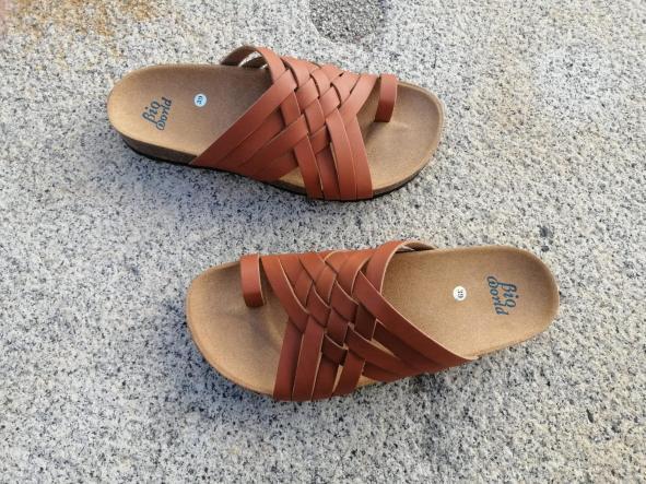 Modelo TRAJANO, Color Natural sandalias veganas, sandalias veganas mujer, calzado vegano, sandalias de tacón medio, sandalias bioworld, vegan shoes [1]